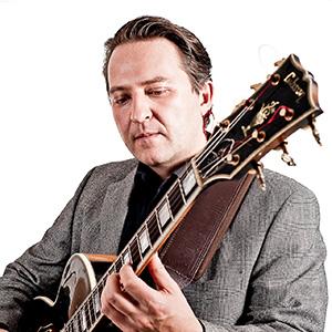 Guitarist Paulo Morello