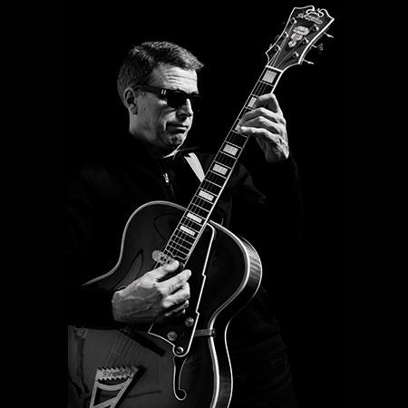 Guitarist Helmut Kagerer